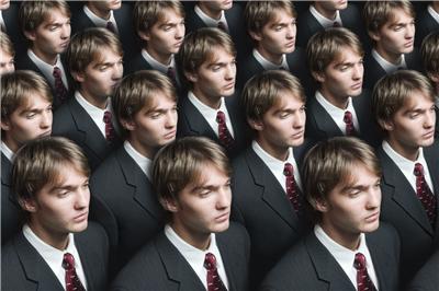 clones-istockphoto-small