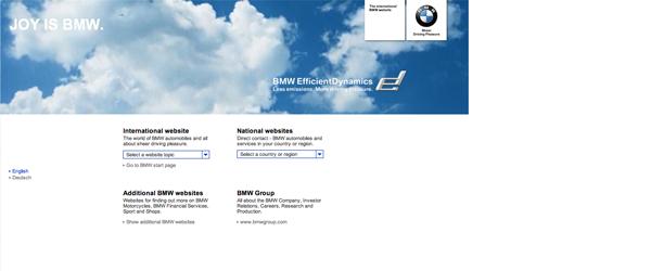 Il sito della BMW utilizza layout tabellari e allineamento a sinistra